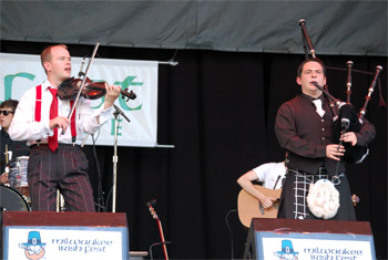 Kintra at Milwaukee Irish Fest - August 19, 2011.  Photo by James Fidler.