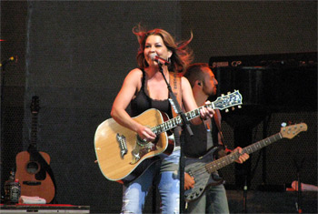 Gretchen Wilson at Chicago Country Music Festival - October 8, 2010